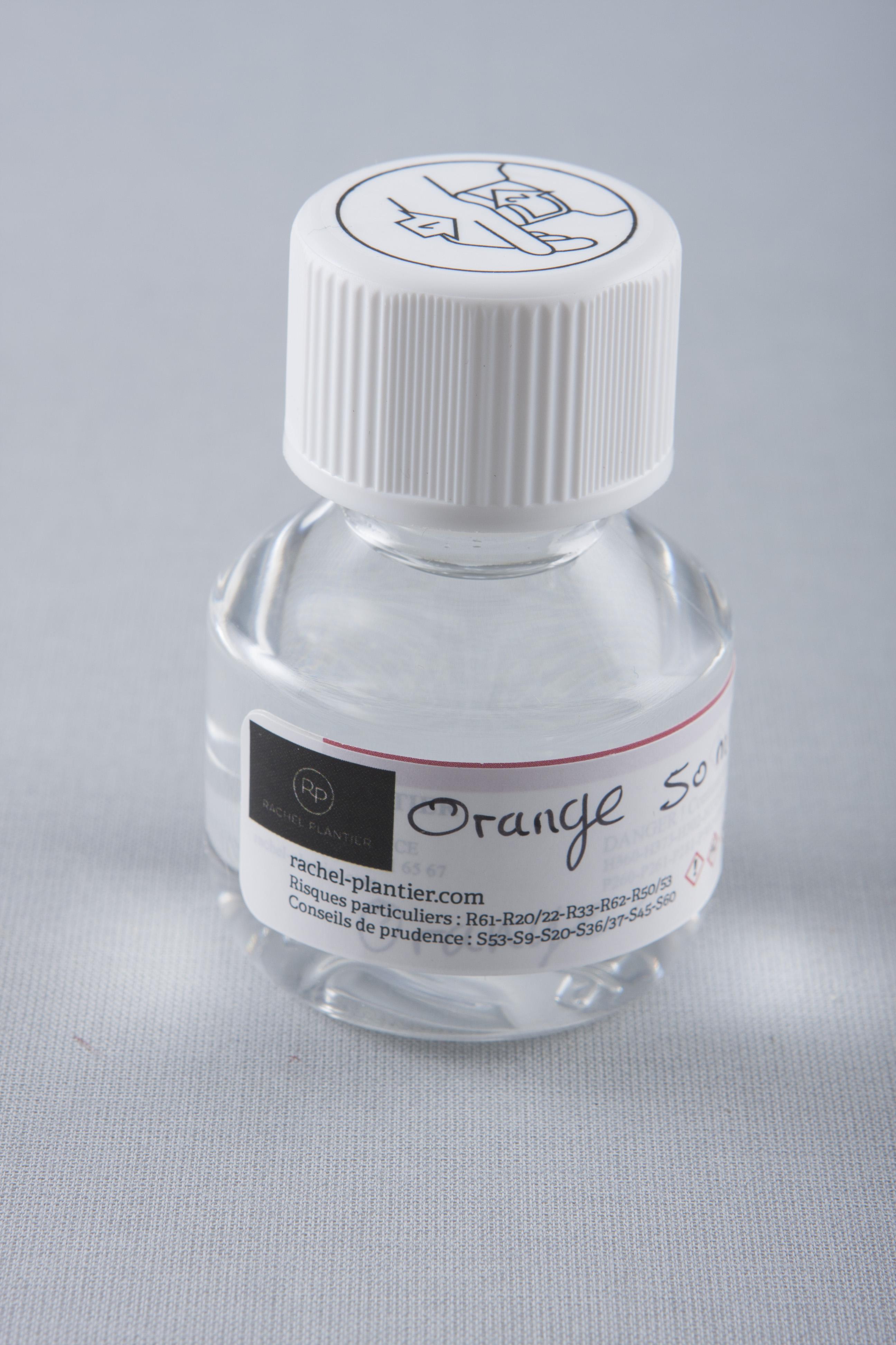 essence d 39 orange pour peinture sur porcelaine. Black Bedroom Furniture Sets. Home Design Ideas